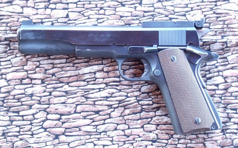 modern-pistolero-2