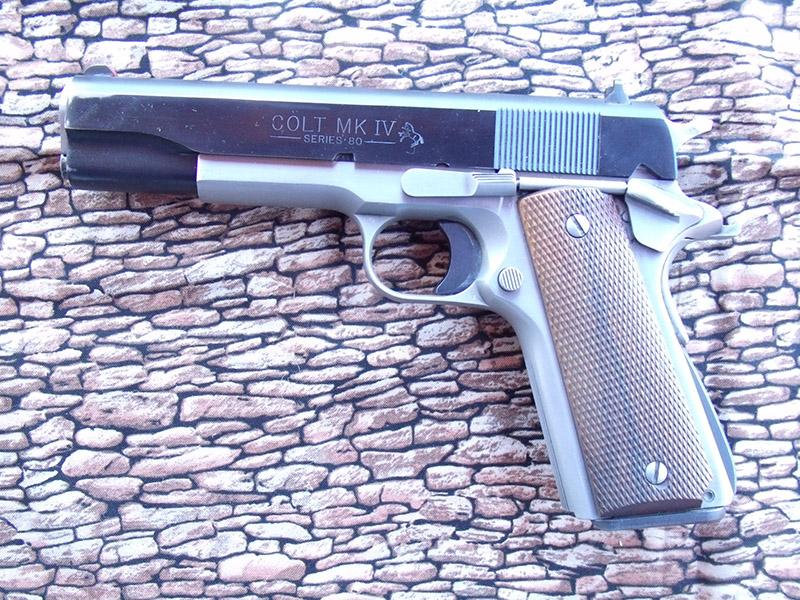 modern-pistolero-6