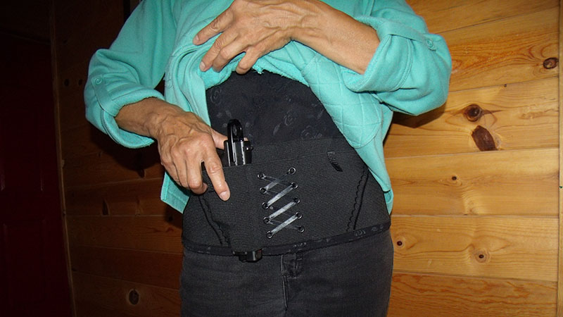 ditch-concealed-carry-purse-2-7