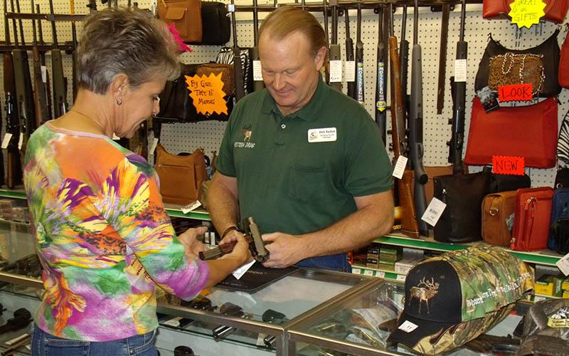 selling-handgun-women-2