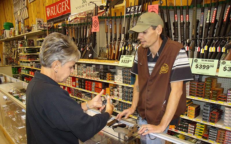 selling-handgun-women-6