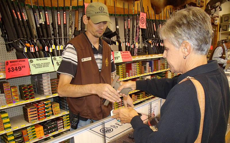 selling-handgun-women-7
