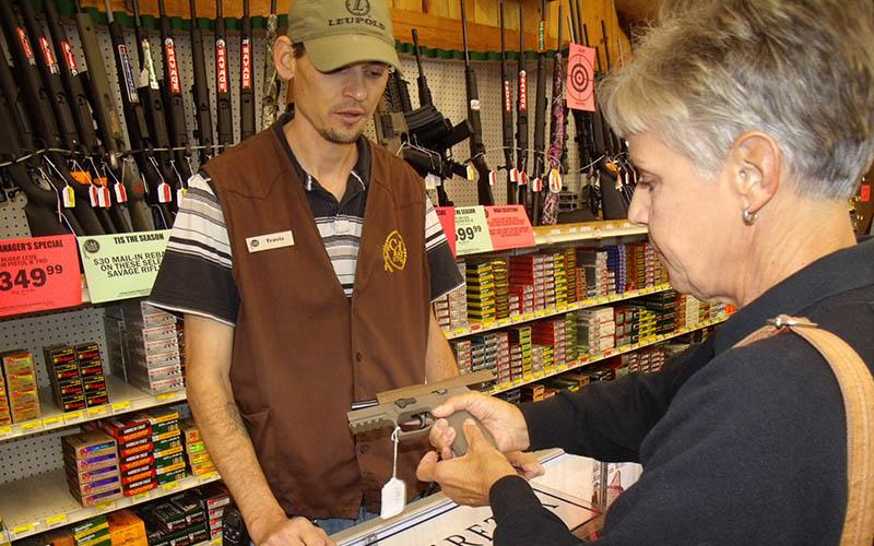 selling-handgun-women-8