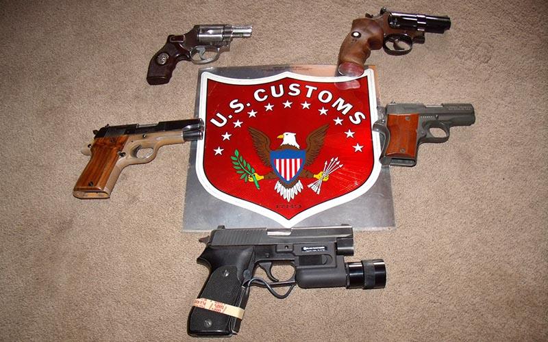 guns-federal-agent-1