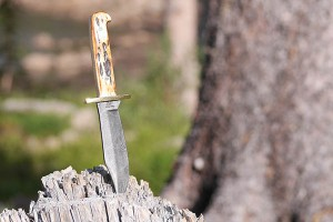 Bear And Son Baby Bowie 500D 1/2 Knife Review