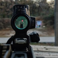 trijicon-mro-thumb